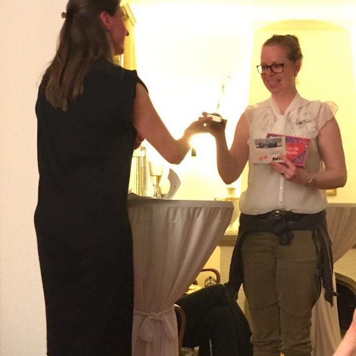 """Unser Award """"Lady of the year"""" geht an Kirsten"""